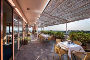 Best Western La Baia Palace - Hotel - Bari