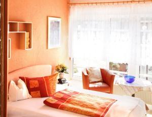 Landhotel Schönblick, Hotely  Bad Herrenalb - big - 4