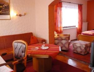Landhotel Schönblick, Hotely  Bad Herrenalb - big - 7