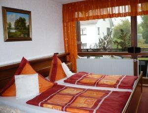 Landhotel Schönblick, Hotely  Bad Herrenalb - big - 3