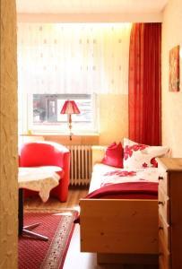 Landhotel Schönblick, Hotely  Bad Herrenalb - big - 12