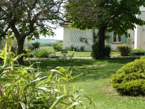 Chambres d'hôtes Le Cartounier, Bed and breakfasts  Pinel-Hauterive - big - 26