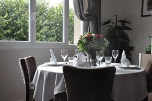 Hotel Des Voyageurs, Hotely  Le Rouget - big - 19