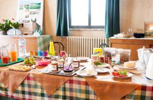 Tenuta Le Sorgive Agriturismo, Bauernhöfe  Solferino - big - 52