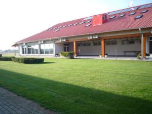Aero Hotel & Etterem