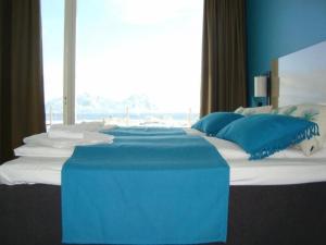 Lofoten Suitehotel, Отели  Сволваер - big - 3
