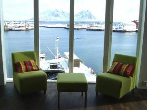 Lofoten Suitehotel, Отели  Сволваер - big - 7