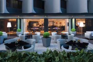 Gateway Hotel, Marco Polo, Hotels  Hongkong - big - 26