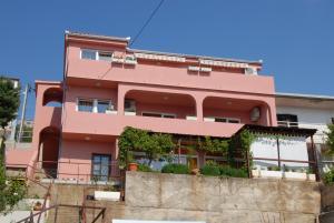Apartments Kriz