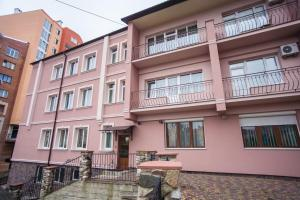 Hotel Complex Uhnovych, Hotely  Ternopil - big - 29
