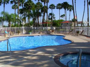 Hotel cerca : Victoria Palms Inn and Suites