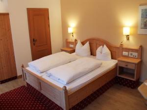 Hotel zur Post, Отели  Кохель-ам-Зее - big - 8
