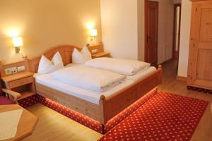 Hotel zur Post, Отели  Кохель-ам-Зее - big - 4
