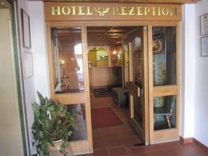 Hotel zur Post, Отели  Кохель-ам-Зее - big - 24