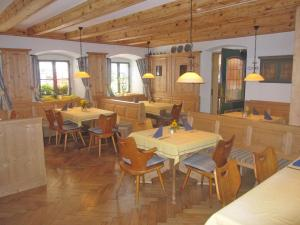 Hotel zur Post, Отели  Кохель-ам-Зее - big - 25