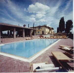 Nearby hotel : Villa Cerretello