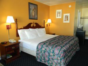 Fairfax Motel
