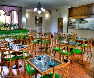 Price Hotel Chicala