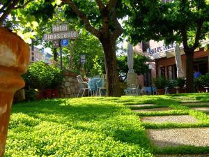 Prenota Hotel Rinascente