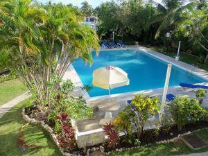 Очо-Риос - Tower Cloisters Resort