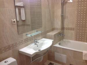 Flamingo Hotel, Hotely  Estosadok - big - 9