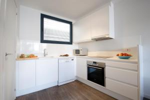 Deco Apartments – Diagonal, Ferienwohnungen  Barcelona - big - 15