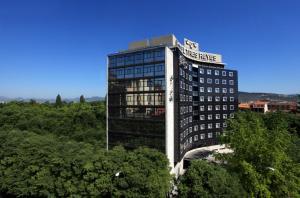4 star hotel Hotel Tres Reyes Pamplona Spain