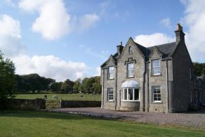 Montrave House Bed and Breakfast