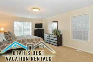 Foothills Vacation Rentals by ..
