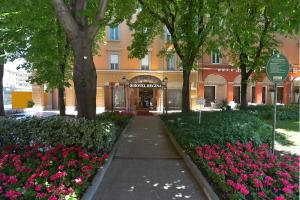 蕾佳娜赞恩酒店 (Zanhotel Regina)