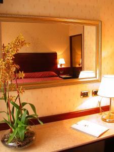 Hotel La Spia D'Italia, Hotels  Solferino - big - 11