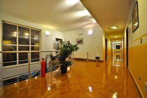 Hotel BM - фото 8