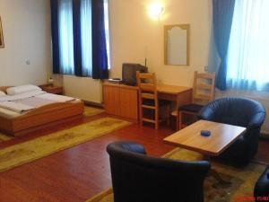 Hotel BM - фото 17