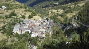 La petite étoile d'hôtes en Mercantour, B&B (nocľahy s raňajkami)  Saint-Dalmas-le-Selvage - big - 19