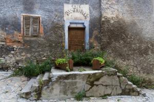 La petite étoile d'hôtes en Mercantour, B&B (nocľahy s raňajkami)  Saint-Dalmas-le-Selvage - big - 17