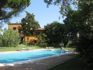 Nearby hotel : Holiday Home Casale delle Vasche