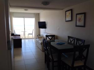 Apart Hotel Beira Mar, Отели  Пунта-дель-Эсте - big - 50