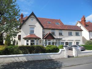 布里格斯托克旅館 (Brigstock House)