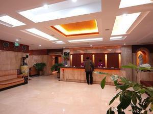 Фото отеля Tangyin Hotel Dalian