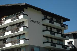 Haus Aristella, Apartments  Saas-Fee - big - 88