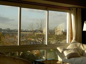 La Maison Du Coteau, Bed & Breakfast  Cachan - big - 9