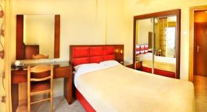 Vergos Hotel, Апарт-отели  Вурвуру - big - 44