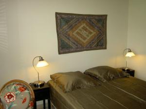 La Maison Du Coteau, Bed & Breakfast  Cachan - big - 7