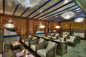 Hotel Bibione Palace, Отели  Бибионе - big - 52