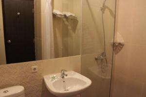 Hotel Alpha Makassar, Hotely  Makassar - big - 5
