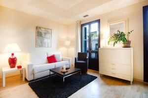 Friendly Rentals Deluxe Paseo de Gracia, Apartmány  Barcelona - big - 29