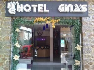 Hotel Ginas