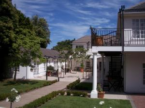 (Constantia White Lodge Guest House)