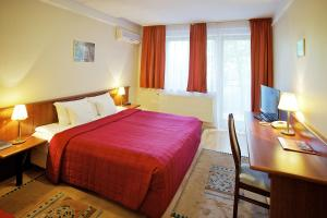 Gold Hotel Wine & Dine(Budapest)