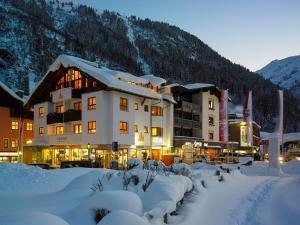 Aparthotel Acksteiner - Hotel - St. Anton am Arlberg